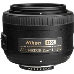 Nikon AF-S DX NIKKOR 35mm...